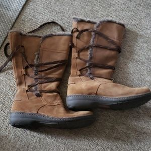 Clark's womens fur lined winter boots Size 9 Wide